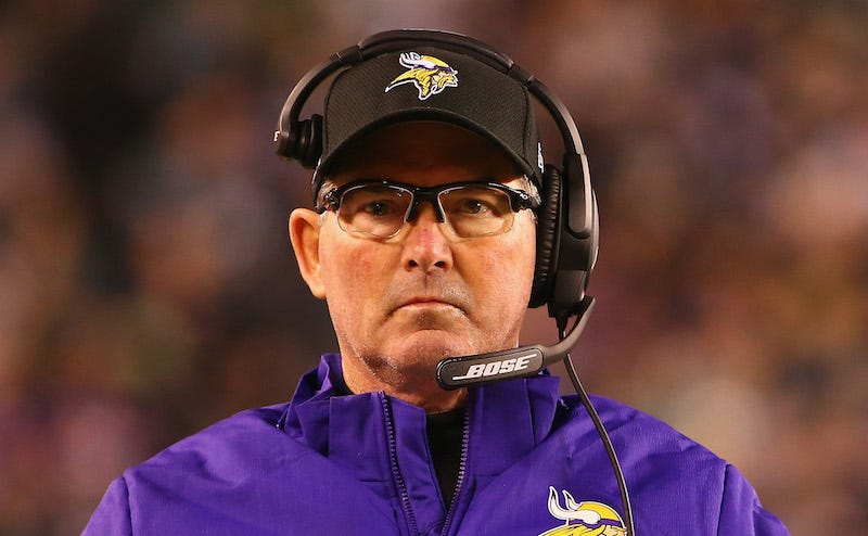 Illustration for article titled Mike Zimmer: Any Idiot With A Video Tablet Can Do My Job