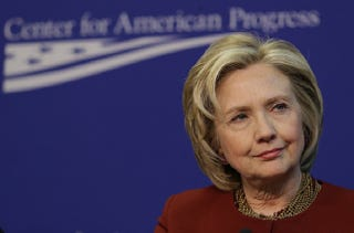 Illustration for article titled Hillary Clinton's Campaign is Already Plagued With Problems