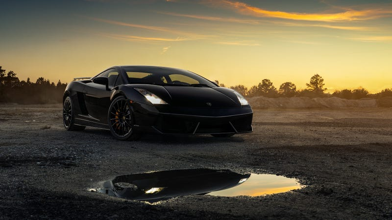 Illustration for article titled Your Ridiculously Awesome Lamborghini Gallardo Wallpapers Are Here