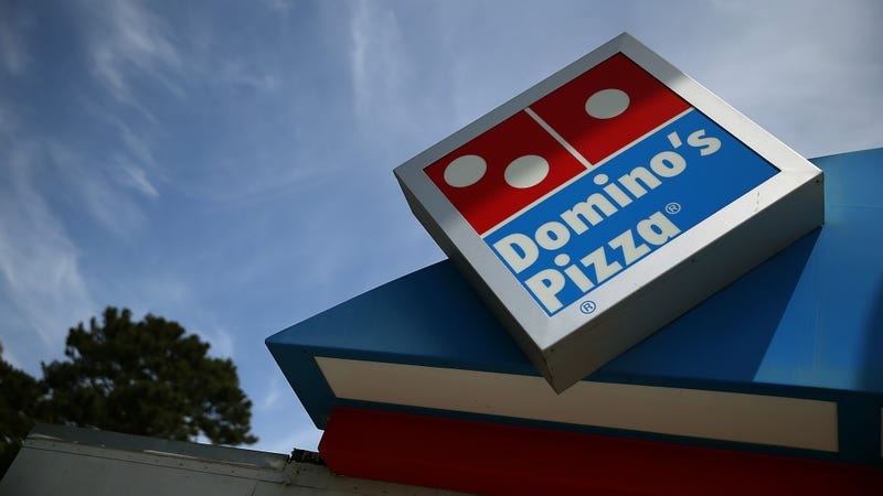 Illustration for article titled Domino's Staff in Oregon Calls 911 After Pizza Regular Goes Silent