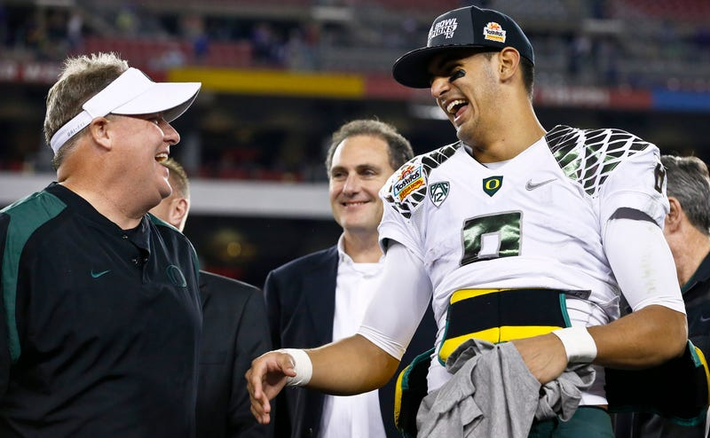 Illustration for article titled Report: Chip Kelly's Eagles Offered The Titans A Shit-Ton For Marcus Mariota