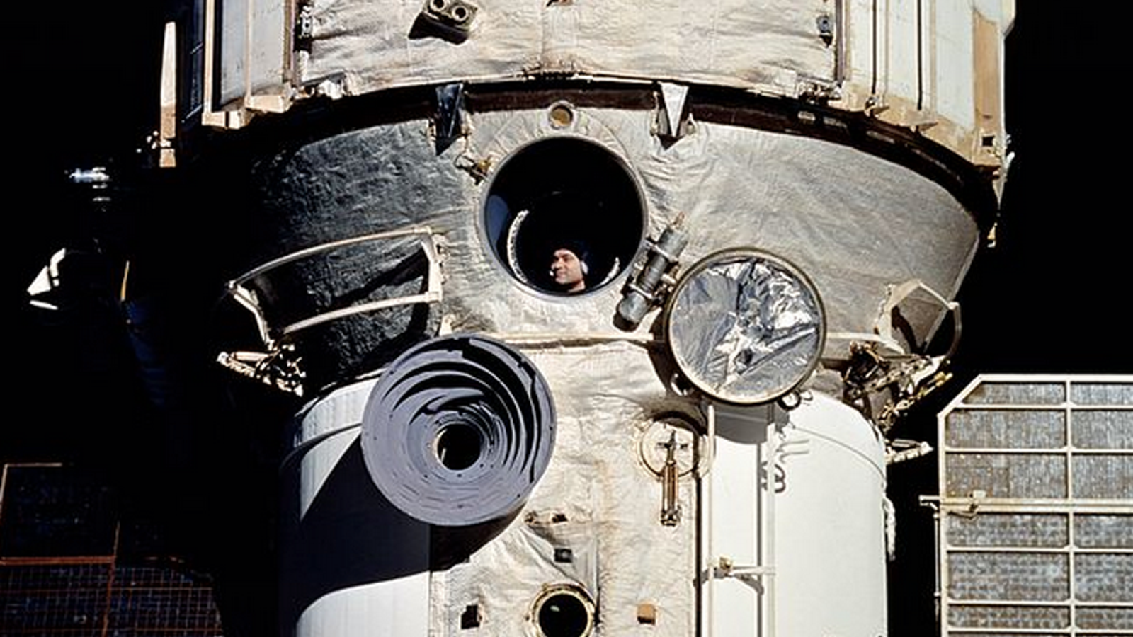 astronaut who stayed in space the longest - photo #22