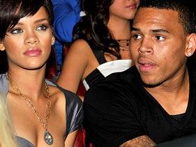 Illustration for article titled Rihanna and Chris - Back Together