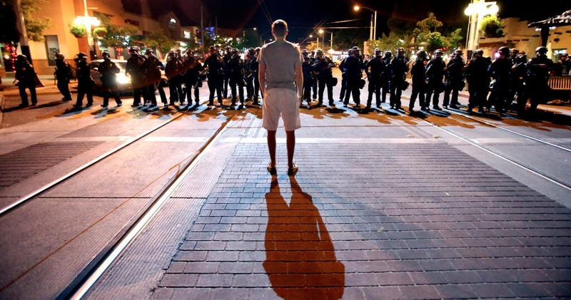 Illustration for article titled Did Tucson Police Go Too Far In Putting Down Arizona Riot?