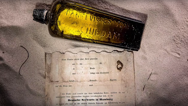 Illustration for article titled Wait, Did F1 Driver Daniel Ricciardo's Parents Help Fake Finding That 131 Year Old Message In A Bottle?