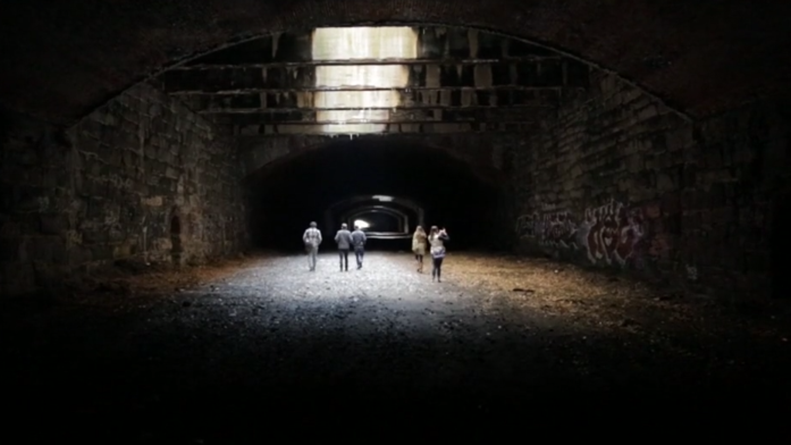 The Eerie Abandoned Railway That Could Become Philly's Next Park