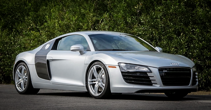 Illustration for article titled You Can Buy This Insanely Gorgeous Audi R8 For The Price Of A BMW M3