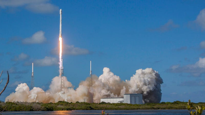 An earlier Falcon 9 launch (Image: SPACEX/FLICKR)