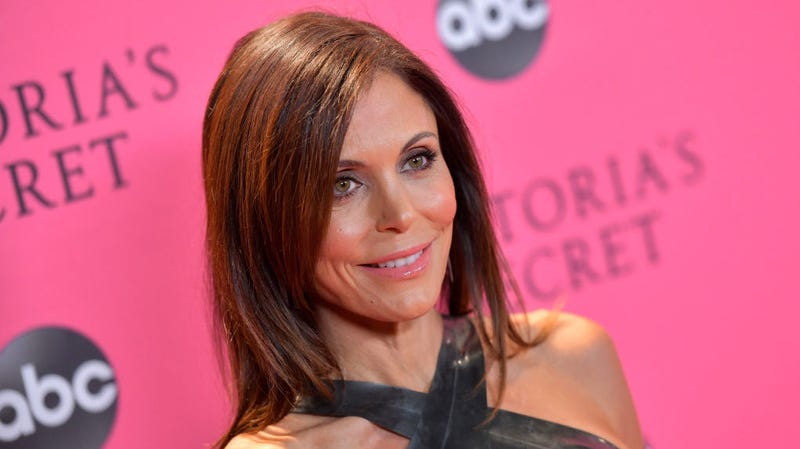 Illustration for article titled Fish Will Not Leave Bethenny Frankel Be