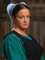 Illustration for article titled Amish Mafia actress gets beat down...