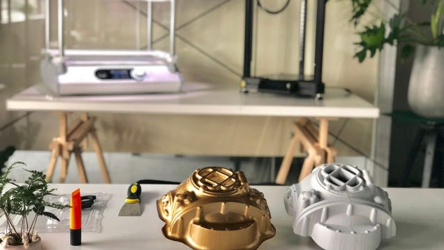 This Machine Creates 3D Objects In Seconds