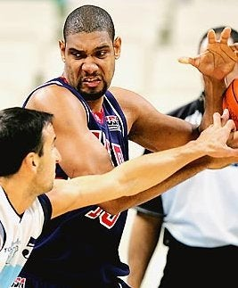 Illustration for article titled The Suns Have Made Tim Duncan Into A Bully