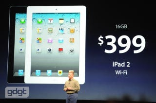 Illustration for article titled The iPad 2 Lives On and Gets a Price Cut: Now Only $400