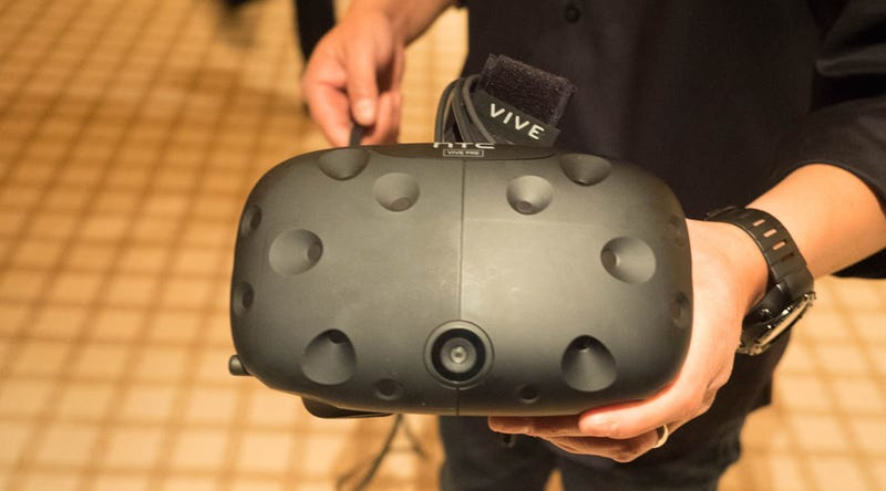 Illustration for article titled I Tried HTC's Newest Vive VR Headset. Here's What It Looks Like