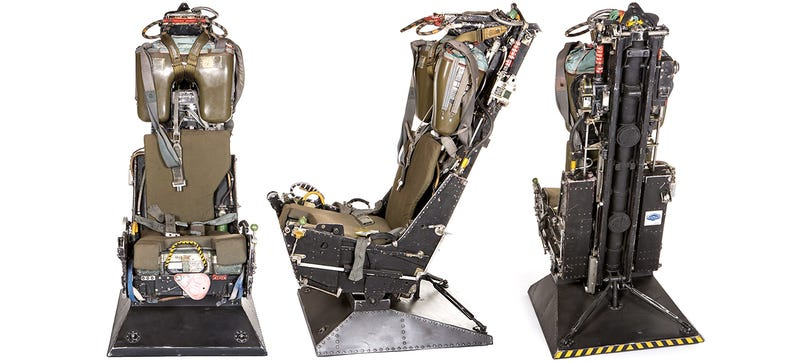 Illustration for article titled You Can Buy an Ejector Seat From an F-4 Phantom for Quick Escapes