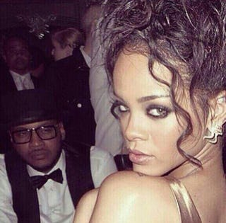 Illustration for article titled The Best Met Gala Photo: Carmelo Anthony Staring At Rihanna