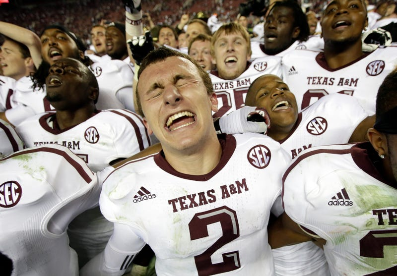 Illustration for article titled Johnny Manziel Watched 300 Before The Alabama Game