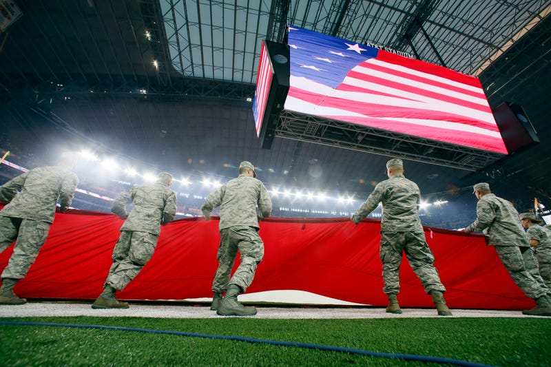 Illustration for article titled Congress Seeks To Ban Military-Sponsored NFL Salutes