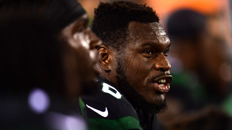 Illustration for article titled Kelechi Osemele Will Have His Shoulder Surgery, Whether The Jets Like It Or Not