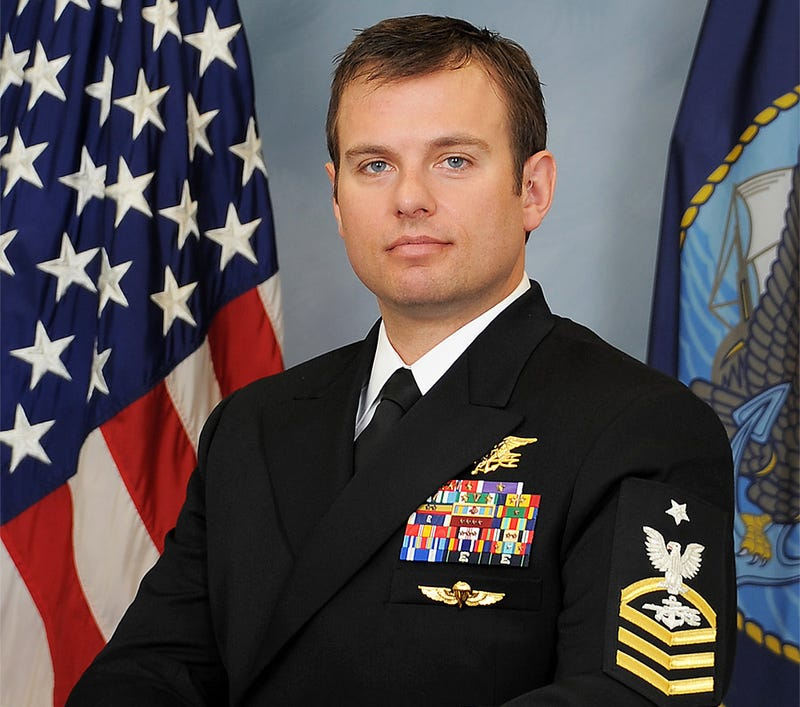 Most Decorated Navy Seal navy seal awarded medal of honor for daring