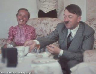 Illustration for article titled Végre leleplezték Adolf Hitler legtitkosabb szokását!