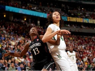 Baylor's Brittney Griner (right) and Stanford's Chiney Ogwumike in Final Four(Doug Pensinger/Getty Images)