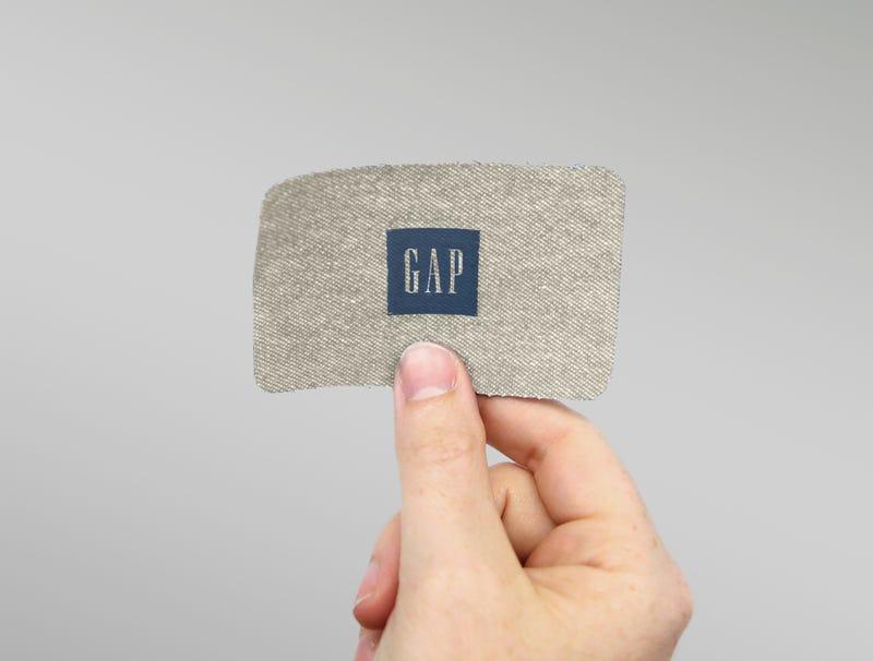 Illustration for article titled Gap Unveils Lightweight Linen Gift Card For Summer