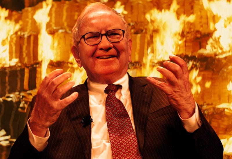 Illustration for article titled Cackling Warren Buffett Burns Entire Fortune In Front Of Nation
