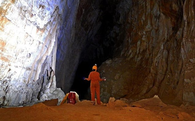 These Astronauts Are Getting Sealed in a Cave to Practice Life in Space