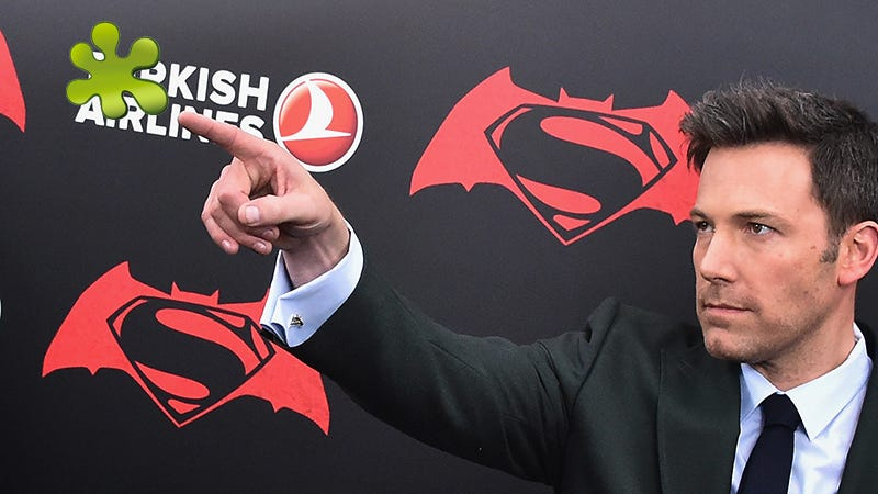Illustration for article titled Ben Affleck Looks So Sad Next to All These Bad Reviews ofBatman V Superman