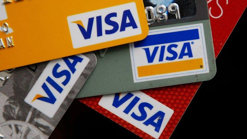 ¿Realmente puede un móvil dañar la banda magnética de una tarjeta bancaria?
