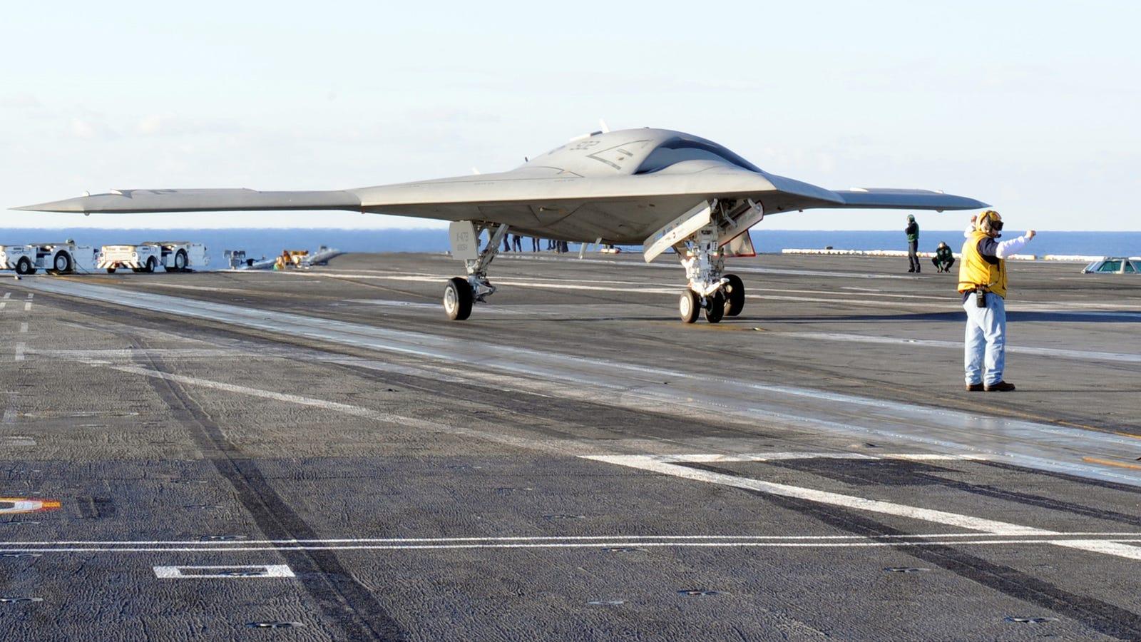 X-47B: el primer dron capaz de despegar y aterrizar de un portaaviones