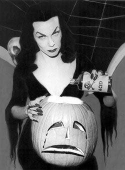 Illustration for article titled Vampira