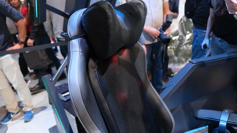 Terrific First Look Acer Predator Thronos Air Bralicious Painted Fabric Chair Ideas Braliciousco