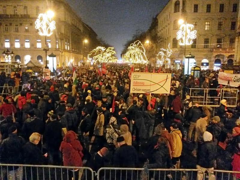 Illustration for article titled Merkel budapesti látogatása előtt lesz a következő tüntetés