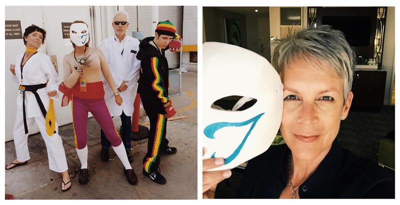 Illustration for article titled Jamie Lee Curtis And Family Went To EVO In Street Fighter Disguises