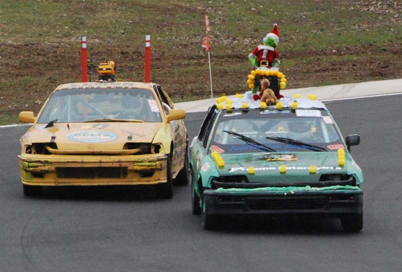 Illustration for article titled 24 Hours Of LeMons Arse Freeze-A-Palooza Über Gallery: Soichiro's Revenge