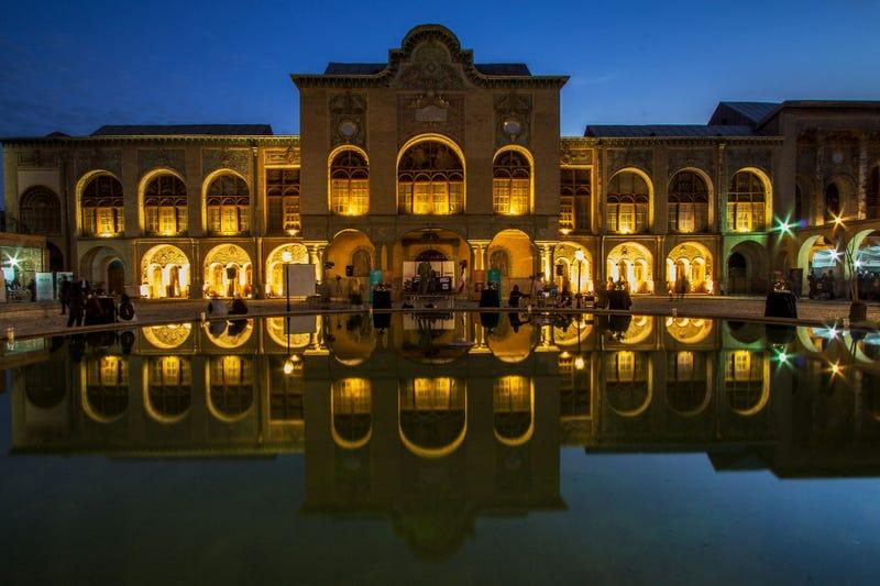 Masoudie Palace, Baharestan. Wikimedia Commons