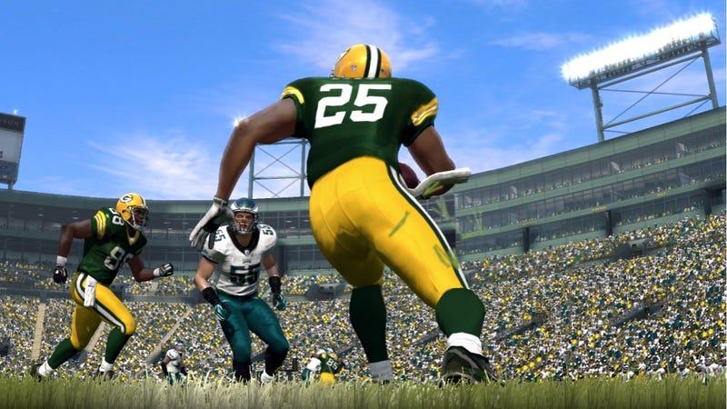 Illustration for article titled Online Franchise Mode Unchanged in Madden NFL 12 [Corrected]