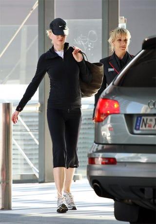 Illustration for article titled Nicole Kidman: 5 Months Pregnant, Still Looks 3