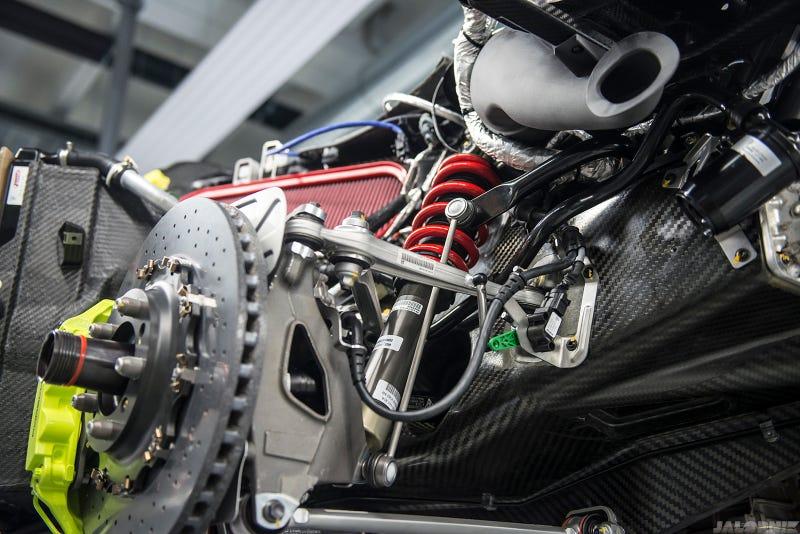 how porsche makes the worlds most advanced hybrid - Porsche 918 Spyder Engine