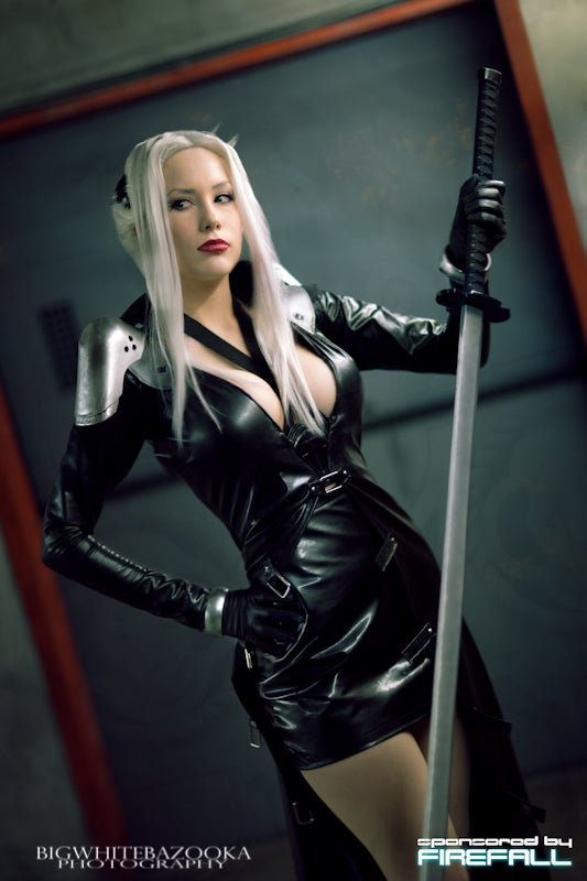 Final Fantasy Sephiroth Cosplay On Your Knees, I Want ...