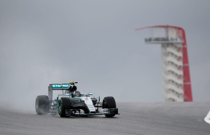 Illustration for article titled U.S. Grand Prix Qualifying Finally Happens, Nico Rosberg Takes Pole