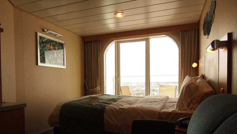 Illustration for article titled When Splurging for a Balcony Room on Cruises Is Worth the Money