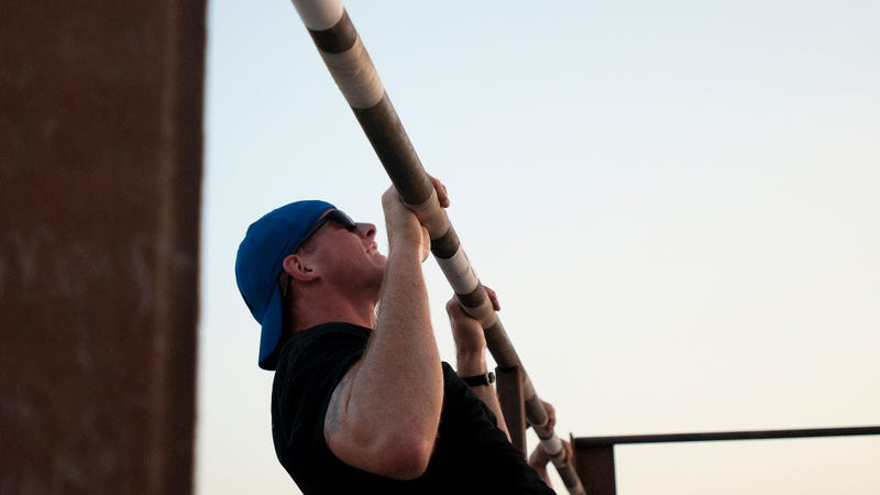 The Differences Between Pull-Ups and Chin-Ups