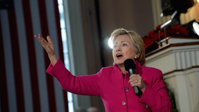 Illustration for article titled Hillary Clinton Weighs in on Our Alien Problem: 'I'm Going to Get to the Bottom of It'