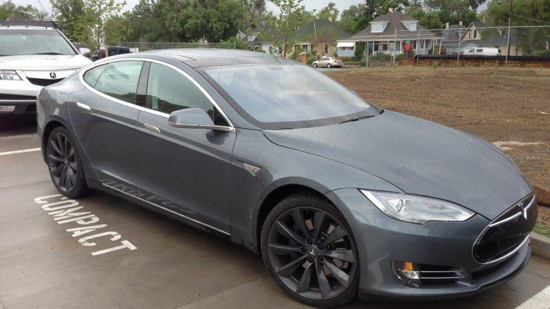 Illustration for article titled Tesla in Grey
