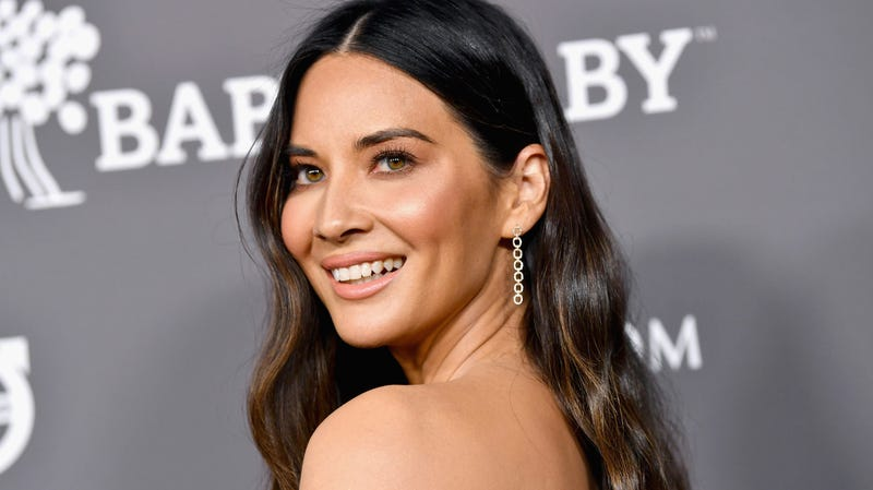 Illustration for article titled Olivia Munn Has Unearthed the Most Useful Alleged New Boyfriend