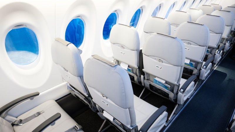 Illustration for article titled Por qué sentarte en el asiento del pasillo aumenta tus posibilidades de enfermarte a bordo de un avión