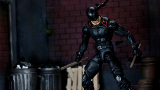 Illustration for article titled Why Wait For Official DaredevilToys When There's Great Custom Figures?